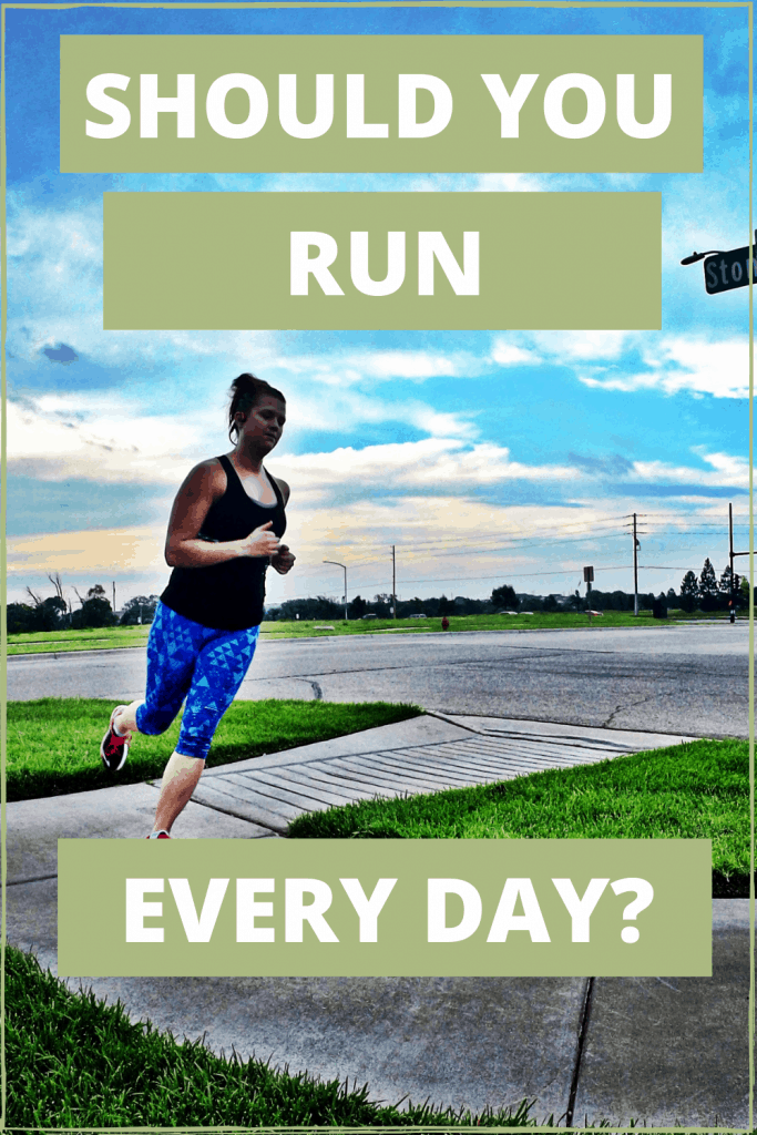 Should you run everyday? Pros and cons of doing a run streak and running every day.   Run   Runner   Running tips   beginner runner   Run Training   Run Streak  