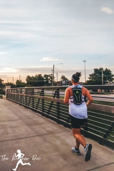 tips for running with aonijie hydration vest in summer